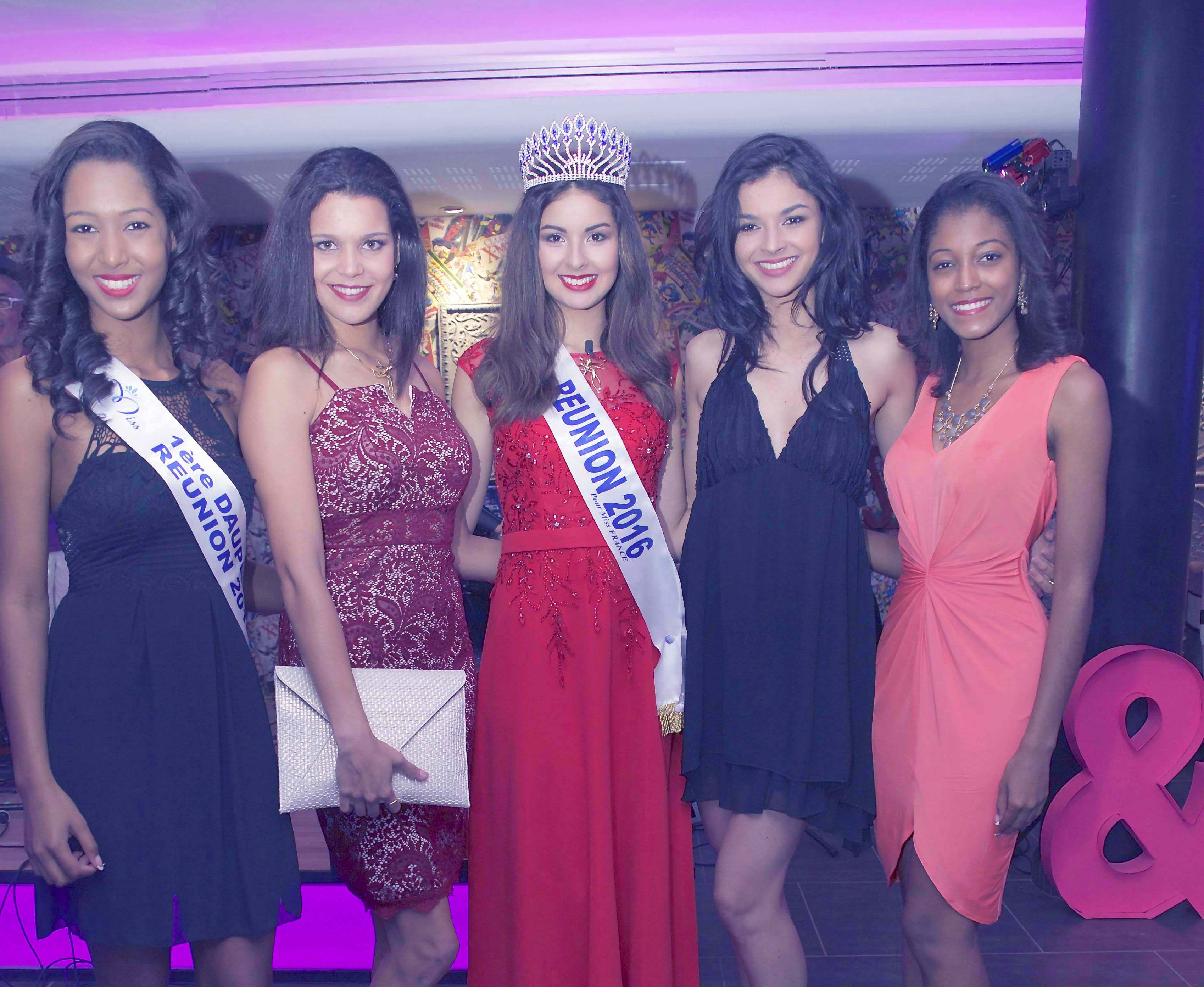 Raïssa Cadarsi, Vanille M'Doihoma, Ambre N'guyen, Azuima Issa, et Flavie Annette