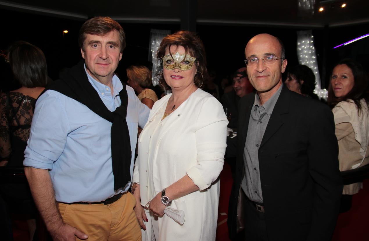Jean-Marc de Courson directeur général de BNP Paribas Reunion, Jeanne Loyher et Didier Mastorakis