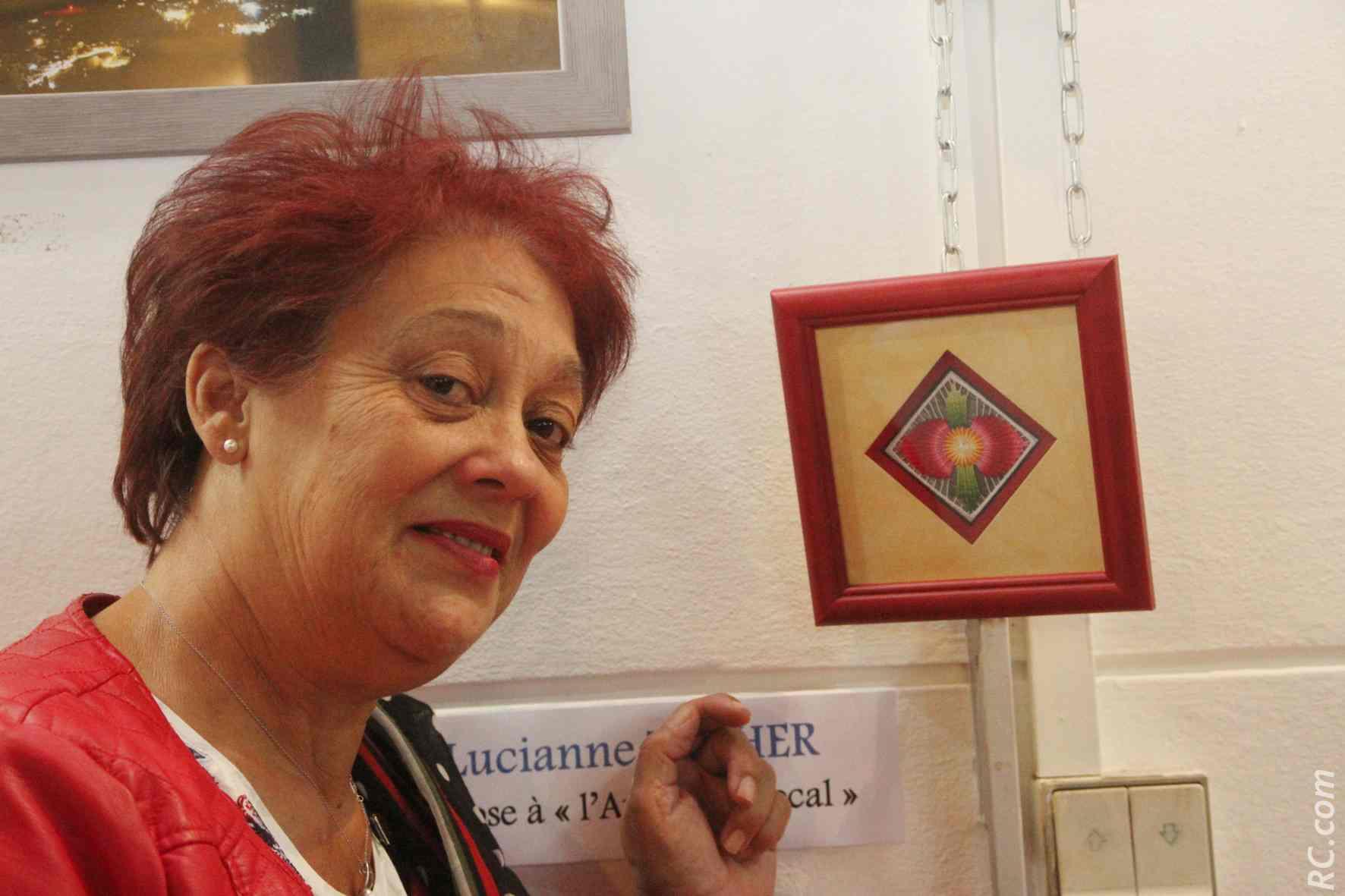 Lucianne Técher réalise des «performances» avec ses broderies en miniature. De la dextérité, de bons yeux, un joli doigté et plein de patience...