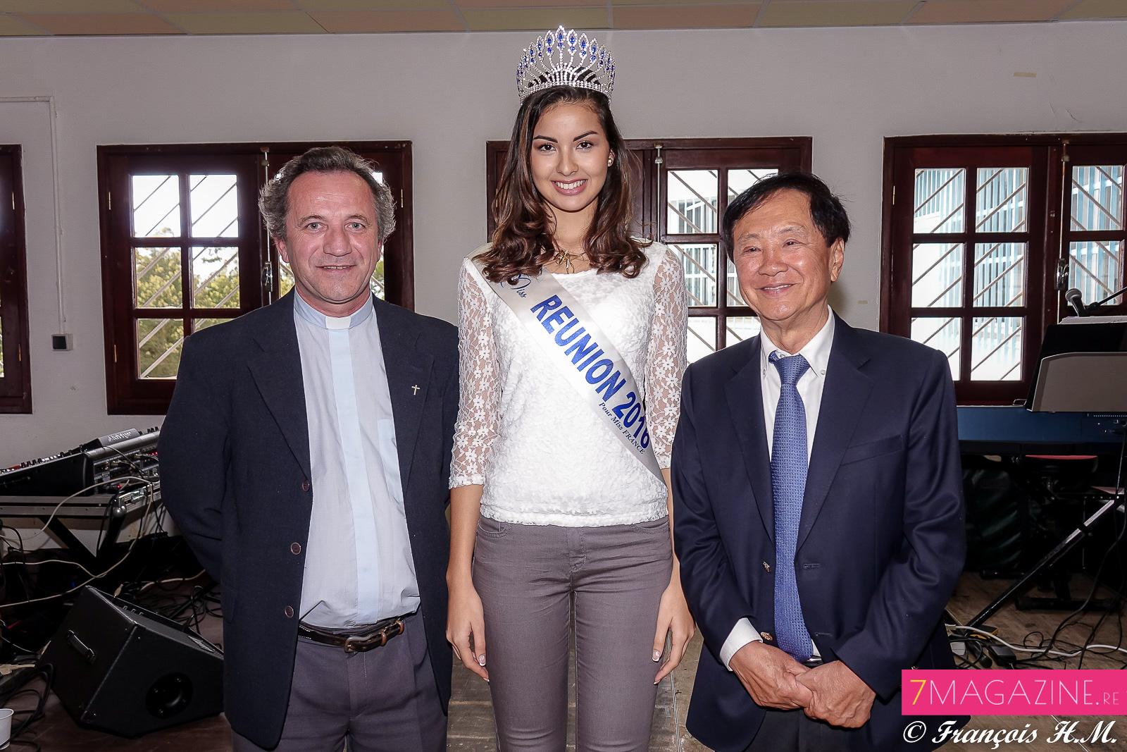 Le père Anthony, Ambre N'guyen et André Thien Ah Koon