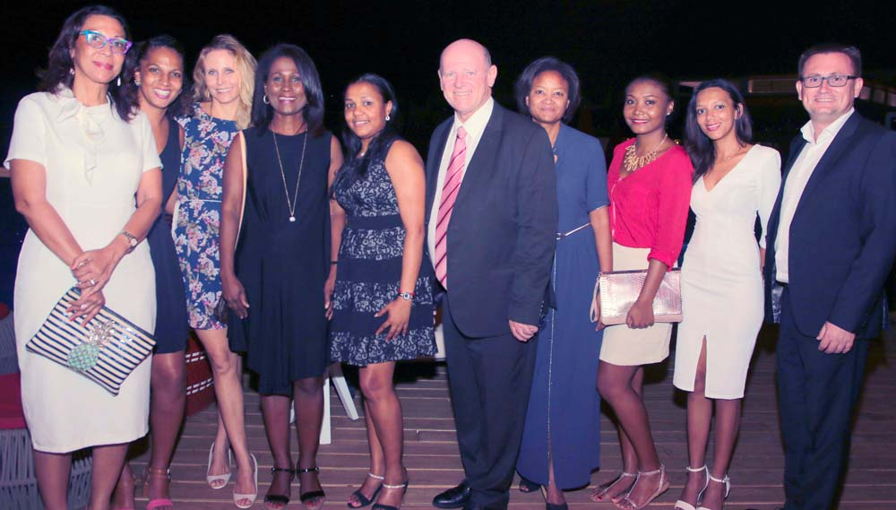 Le Ministre Alain St Ange avec les acteurs touristiques des Seychelles