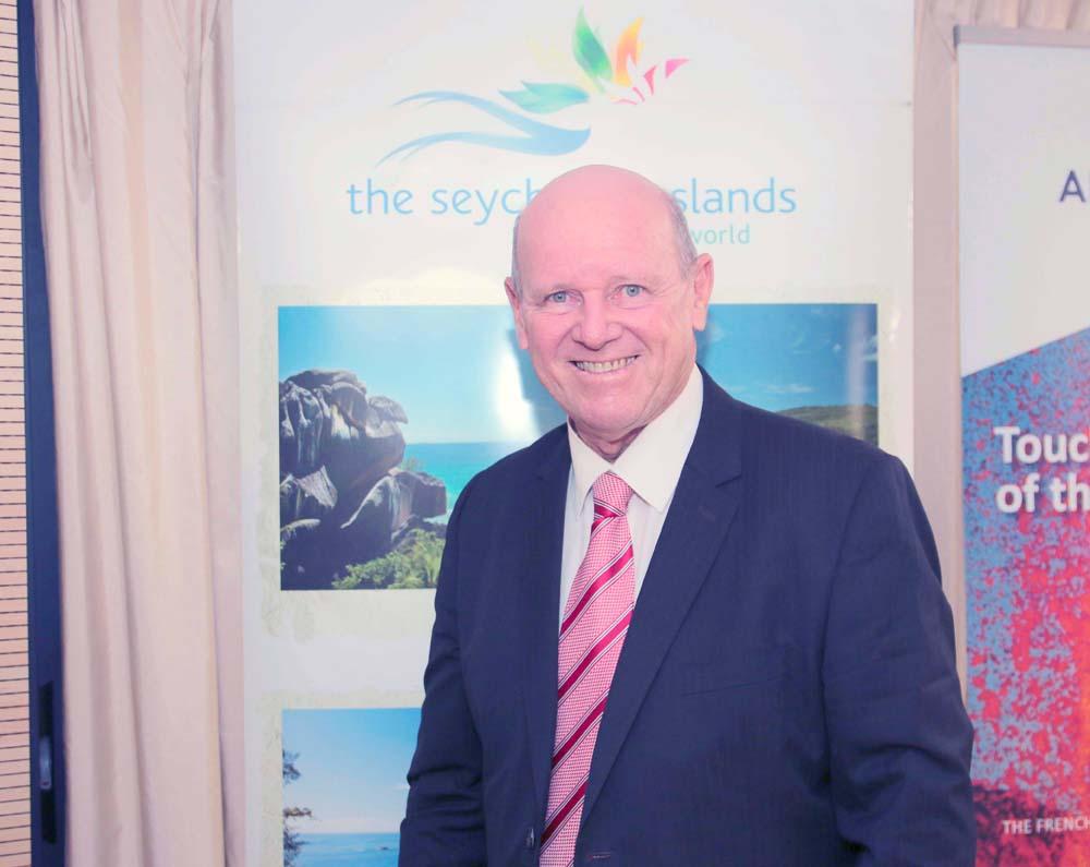 Alain St Ange tout sourire, le tourisme est une affaire qui marche aux Seychelles!
