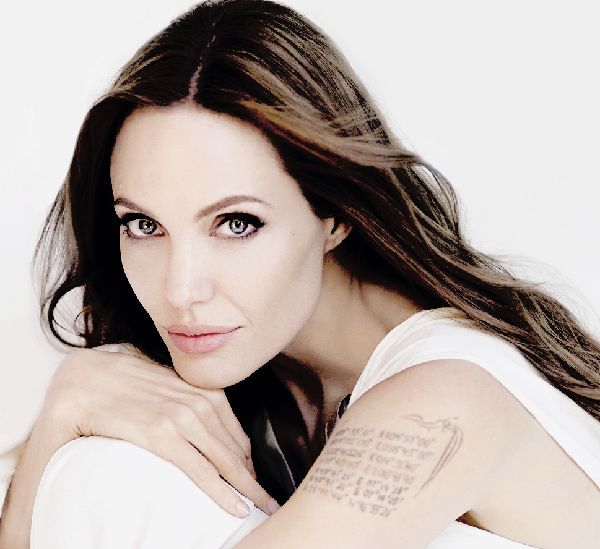 Angelina Jolie veut effacer ses tatouages liés à Brad