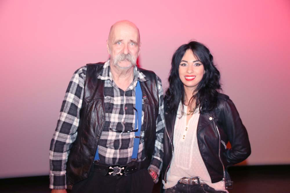 Aurélia avec son père Vincent Mengin qui a réalisé le making off