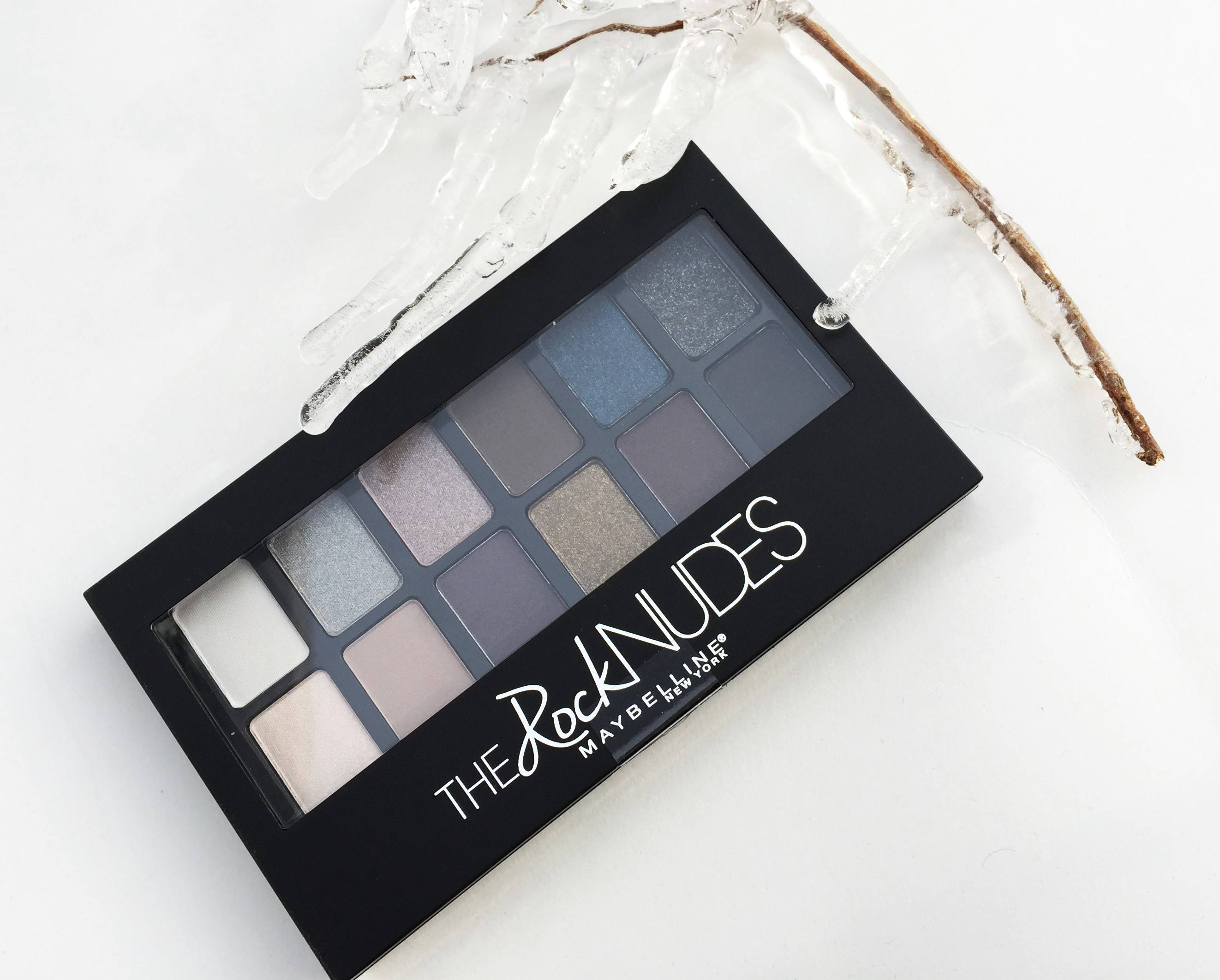 """""""The Rock Nudes"""", Maybelline."""