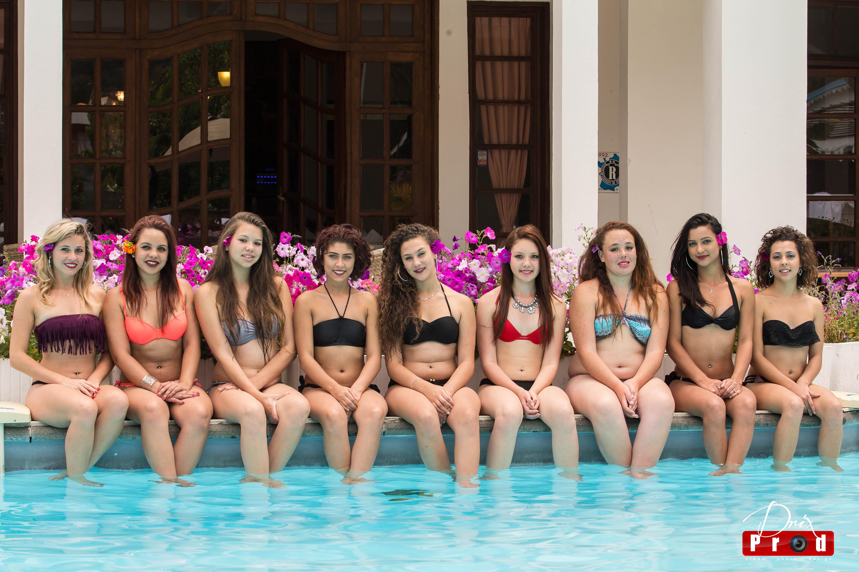 Les 8 candidates à la piscine du Vieux Cep