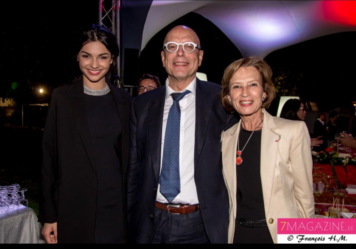 Azuima Issa avec le directeur général de la Caisse des Dépôts et Cécile Pozzo di Borgo, Préfète des TAAF (Terres Australes et Antarctiques Françaises)