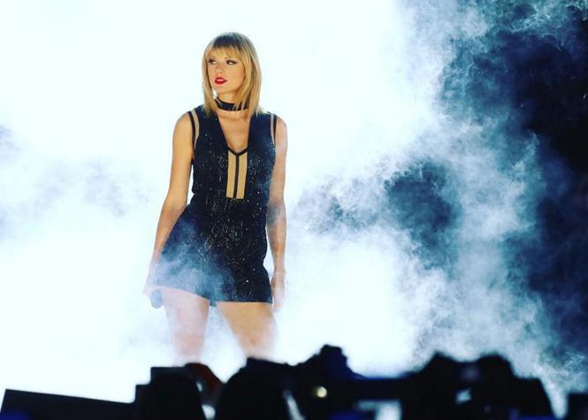 Taylor Swift vient en aide à un fan en difficulté