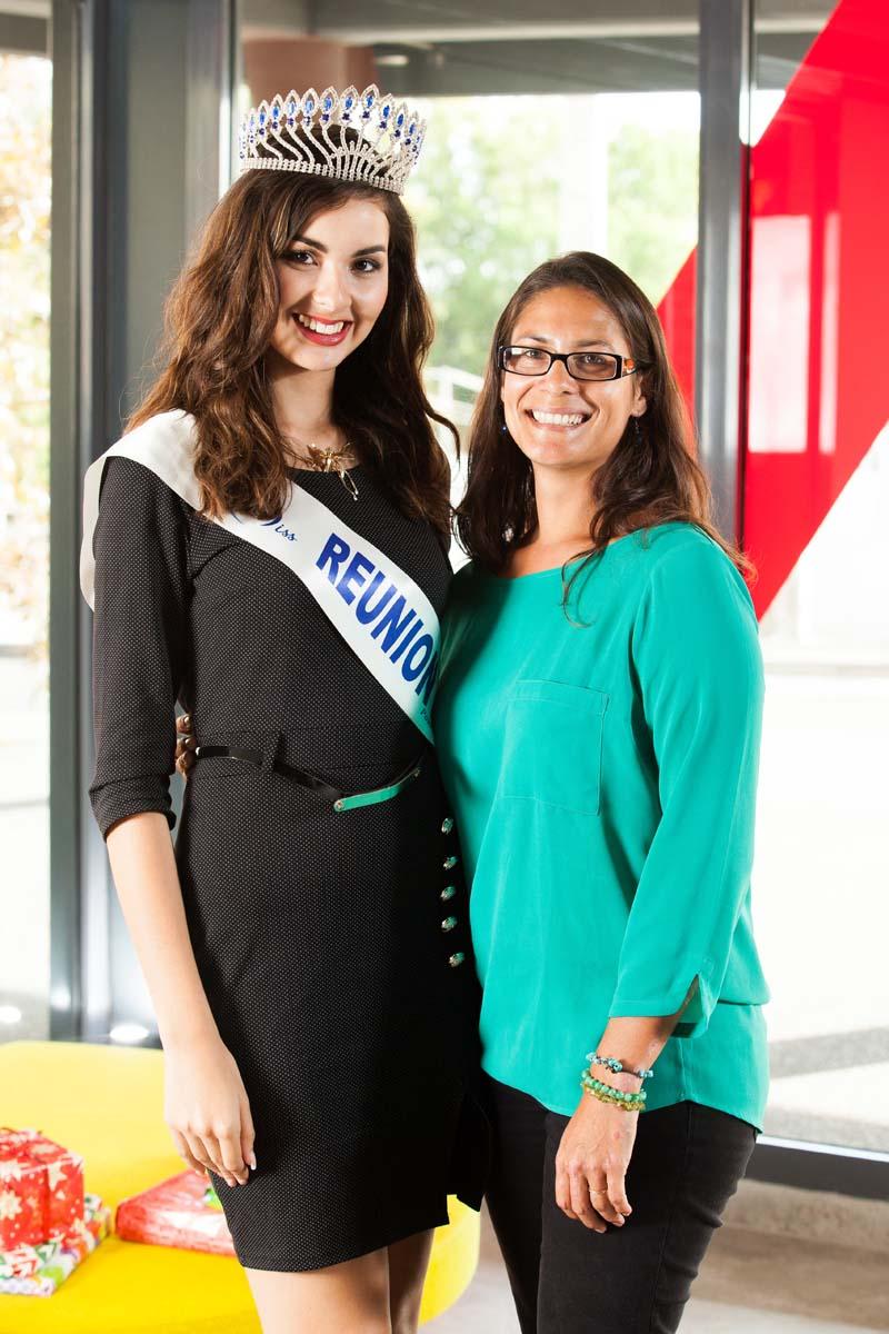 Miss Réunion avec Isabelle Anquetil, attachée de direction Sodegis et responsable de cette action