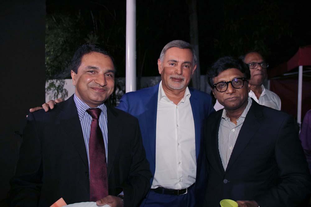 Sanjeev Kumar Bhati, Youssouf Mohamed et Son Excellence Dr. Mohan Kumar