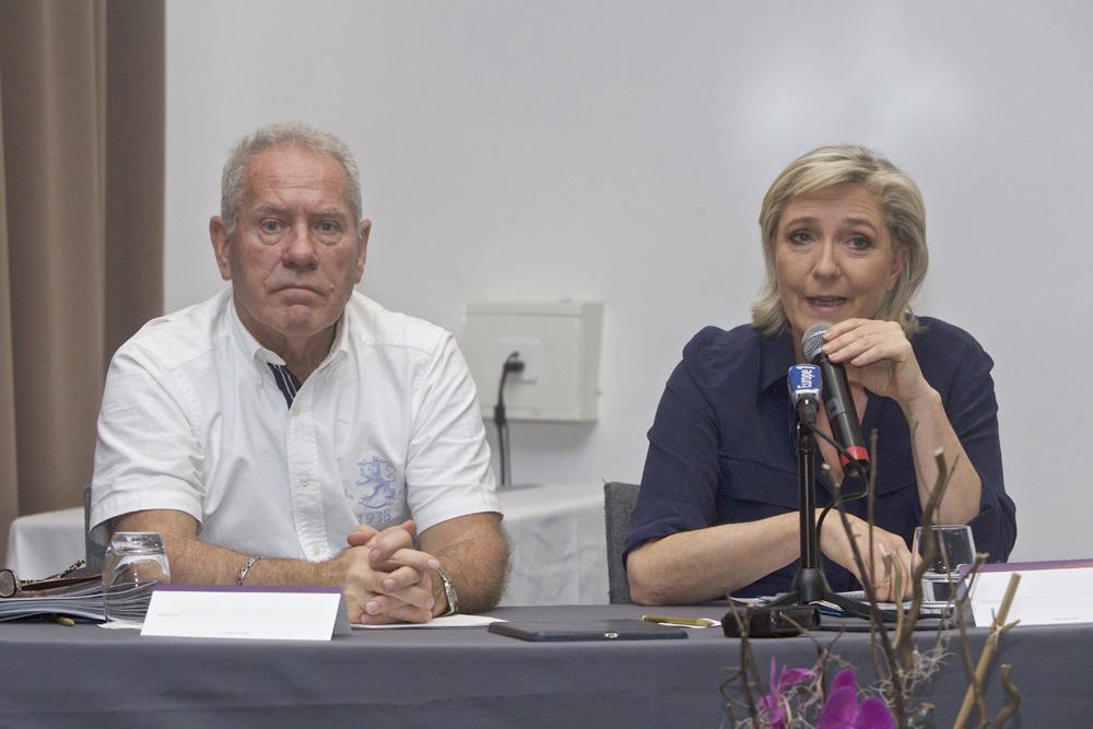 Jean-Michel Dubois et Marine Le Pen