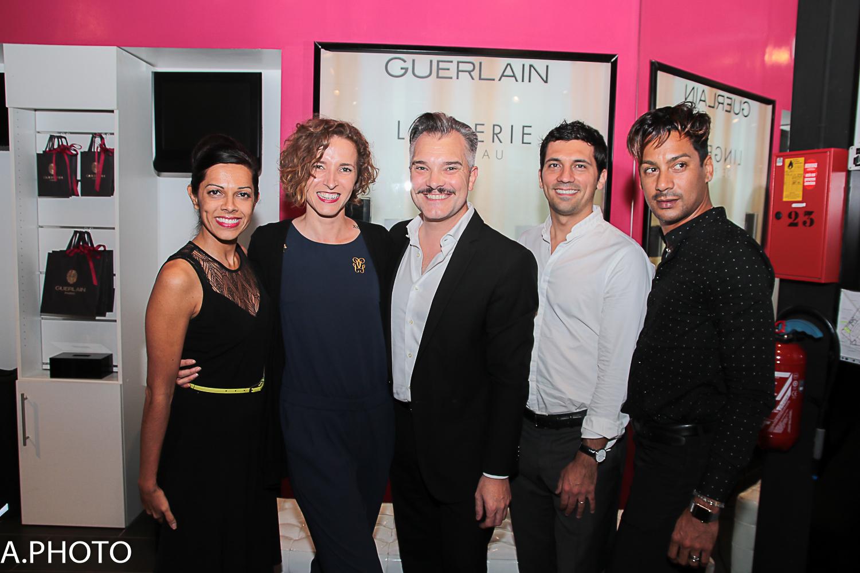Asma Ingar, présidente du Groupe Mado, Stéphanie, commerciale Guerlain, José-Luis Yuvé, Make-up Artist Guerlain, Julien Fagaoga, responsable Guerlain Océan Indien, et un invité