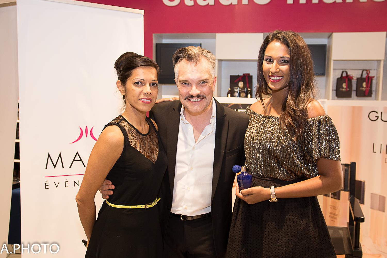 Asma et José-Luis avec le modèle de la soirée pour les démonstrations maquillage