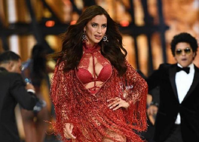 Victoria's Secret : un défilé à deux pour Irina Shayk