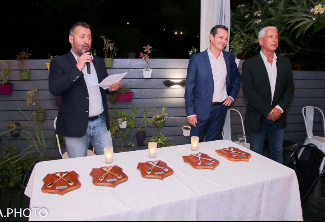 Hervé Charlanes, désormais ex-président du Club des Uniques, Georges-Guillaume Louapre-Pottier, président du Club des Uniques, et François Caillé, trésorier du Club
