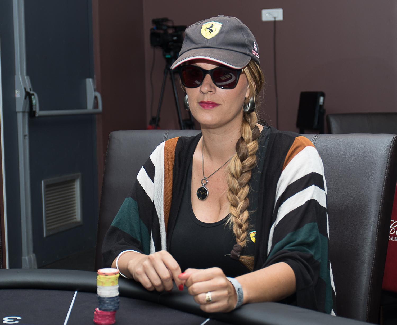Dans la peau d'une pokerwoman: oui c'est bien Sarah Hugon-Manglou!
