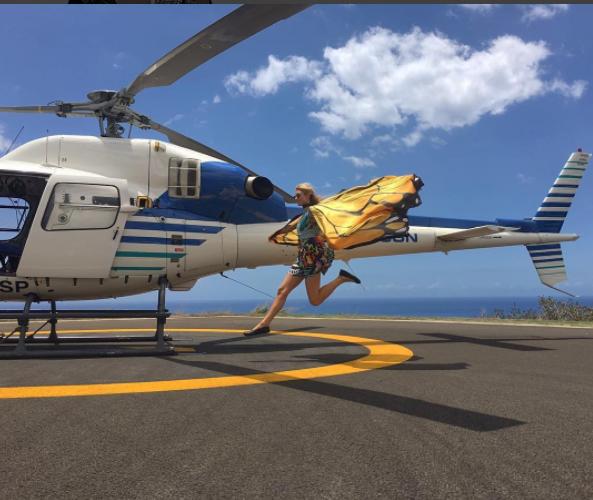 Paris Hilton, en l'air à La Réunion