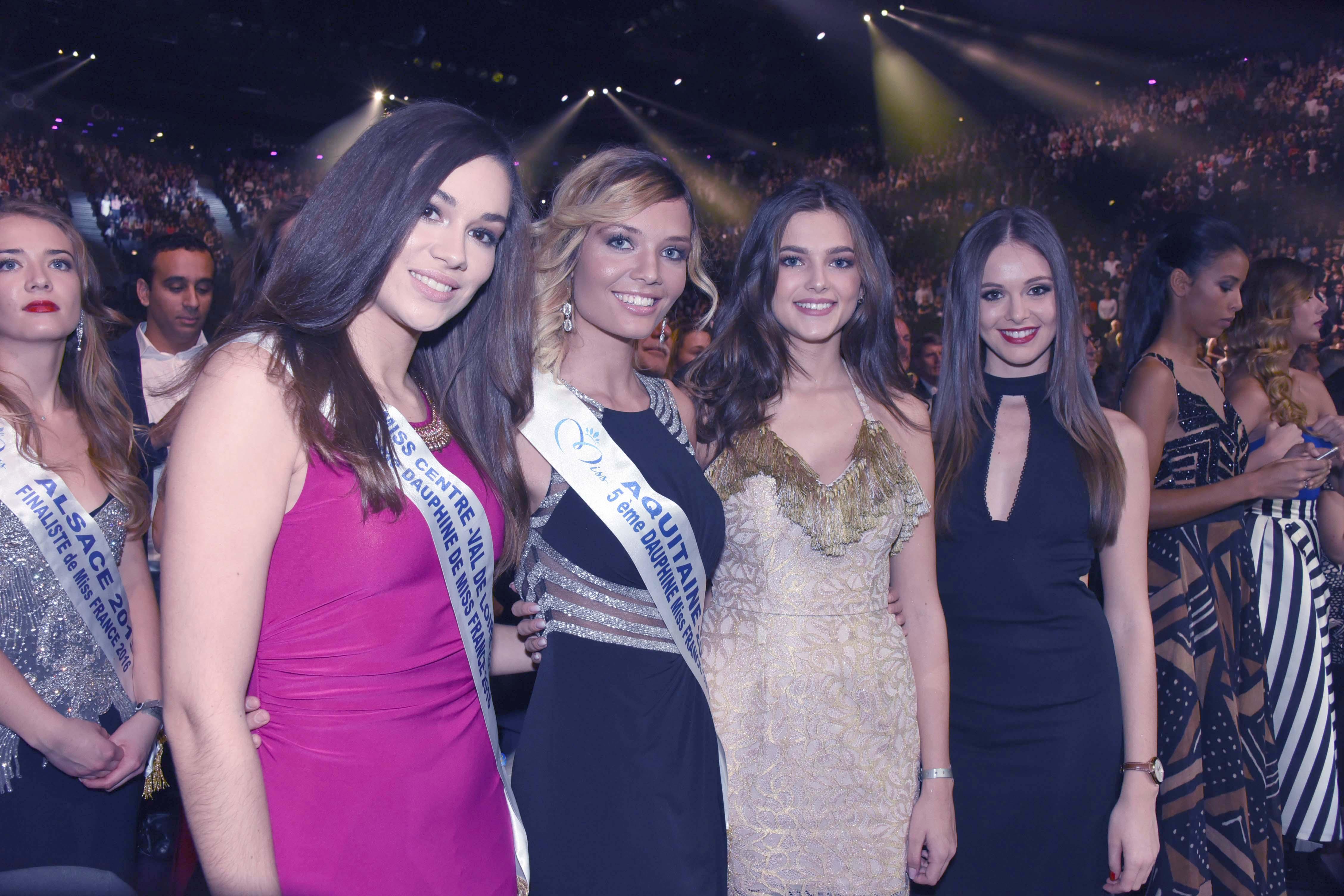 Comme chaque année, plein de jolies filles à la soirée Miss France