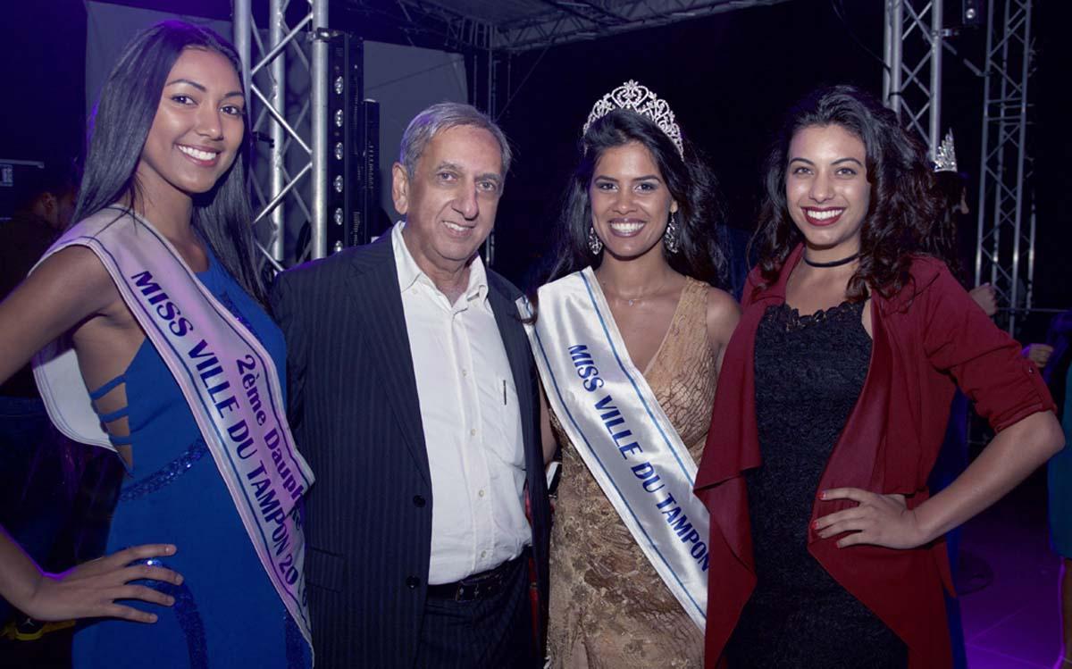 Sandrine Folio, Aziz Patel, Väni Hoarau, Miss Ville du Tampon, et Ludivine Diorio, Miss Plane des Cafres 2013