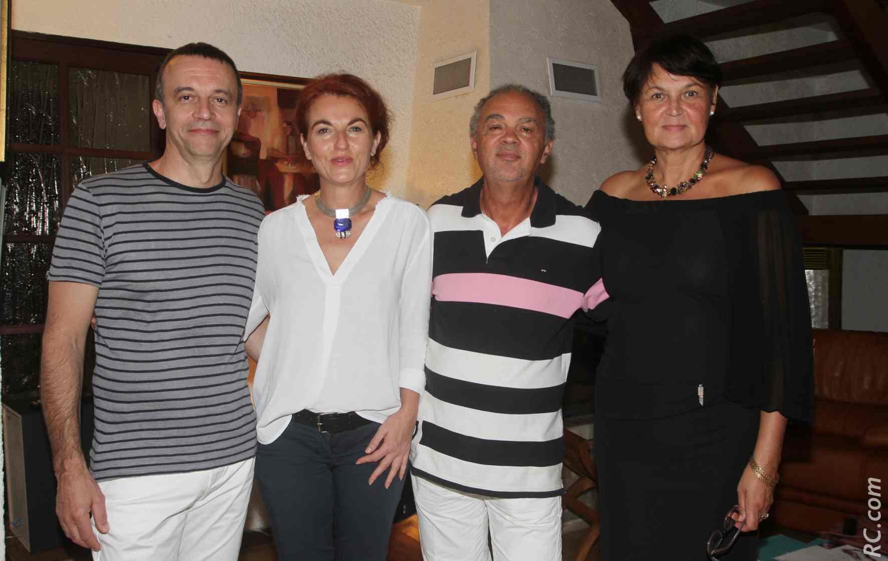 Jean Yassimidès, PDG de Stas Doyer, et sa collaboratrice, accueillis par Bernard et Françoise Barret de l'Espace Kalyana à Bérive, au Tampon