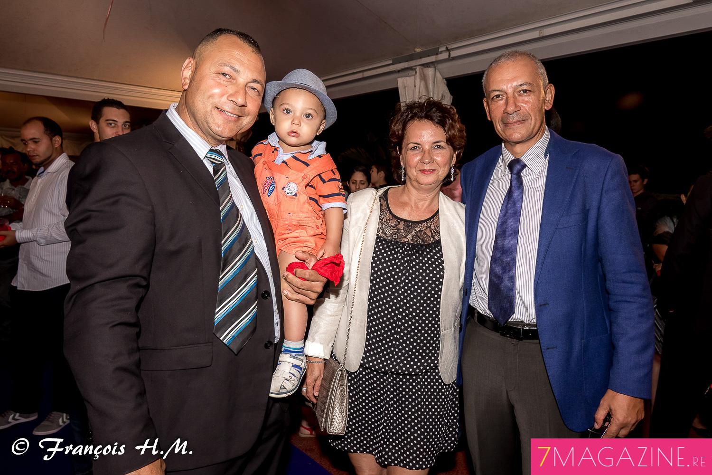 Julian Maillot, avec Jean-François Lebon, directeur départemental de la sécutité publique, et son épouse
