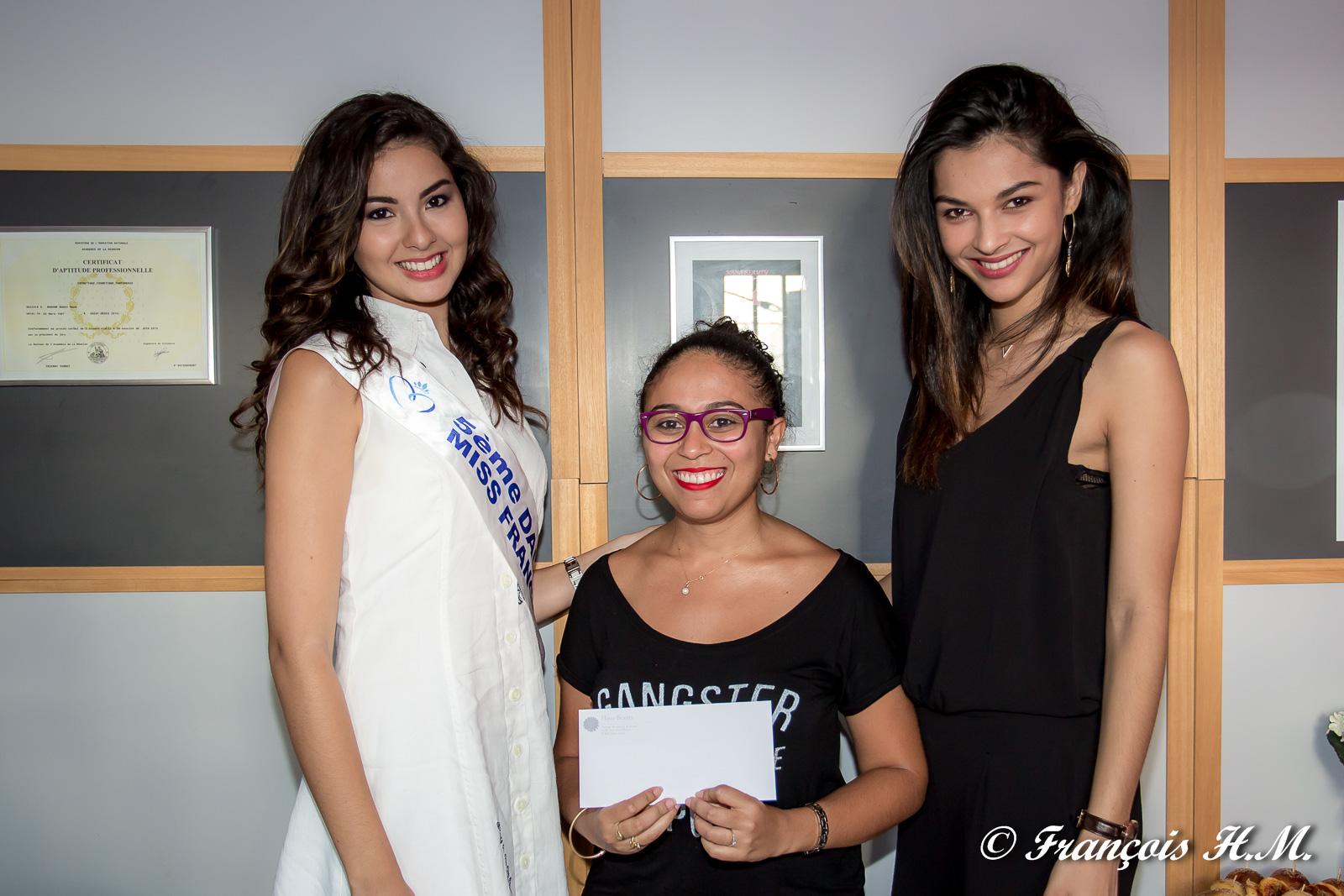 Avec la gagnante du jeu organisé par Hana Beauty