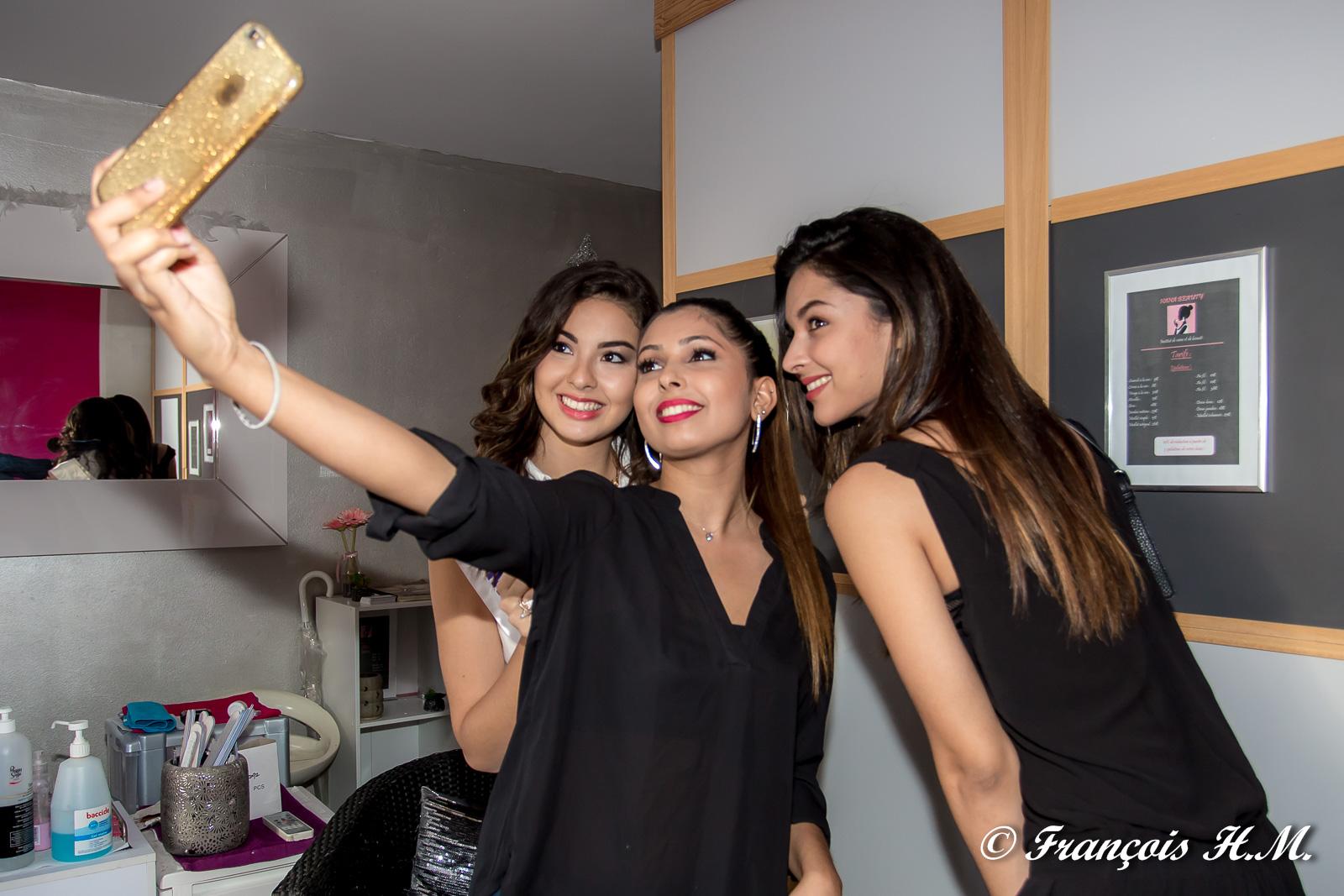 Le selfie... évidemment!