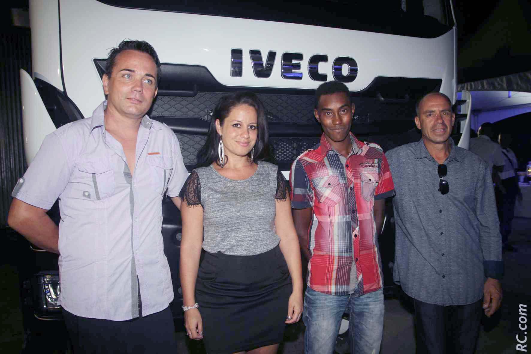 L'équipe Etoile du 974 - agent local Iveco à Saint-Pierre