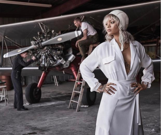 Rihanna: elle les domine en femme pilote!