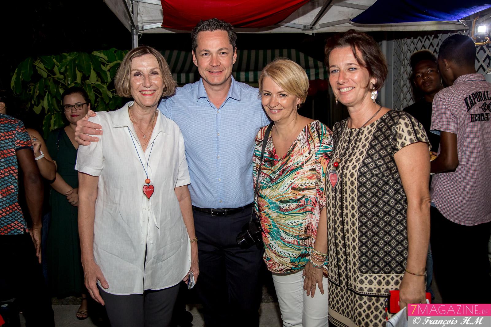 Catherine Gaud, Geirges-Guillaume et Corinne Louapre du Mémento, et Marie-Laure Veyrat