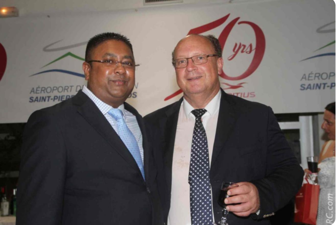 Ashwin Ramjeet, Travel Services Manager, et Didier Prugnières, directeur du Syndicat Mixte de Pierrefonds