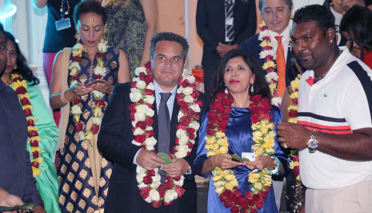 Didier Robert et Nassimah Dindar ont accueilli les invités à la Villa du Département