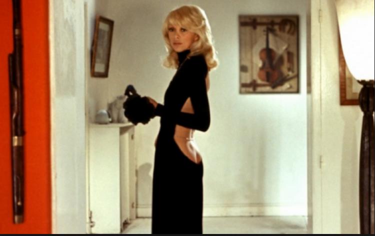 1972, Le grand blond avec une chaussure noire