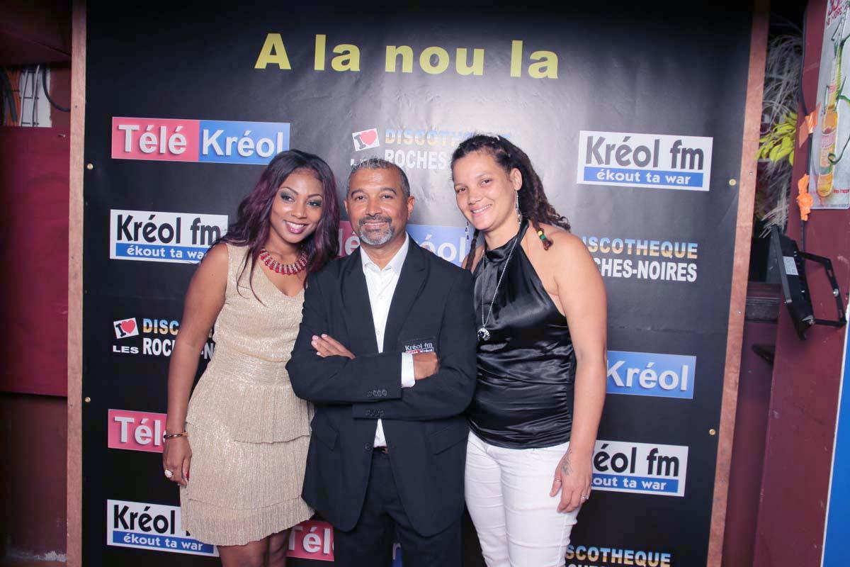 Thierry Araye, le directeur de Kréol FM, avec Missty