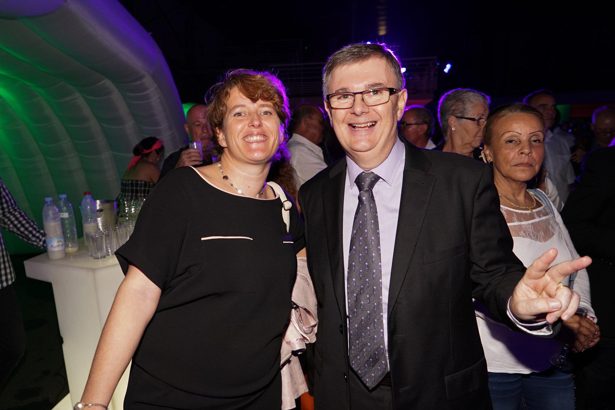 Mercedes Fargetton, directrice Service Clients de Groupama, et Hubert Le Grain, Responsable des Assurances de la personne à Groupama