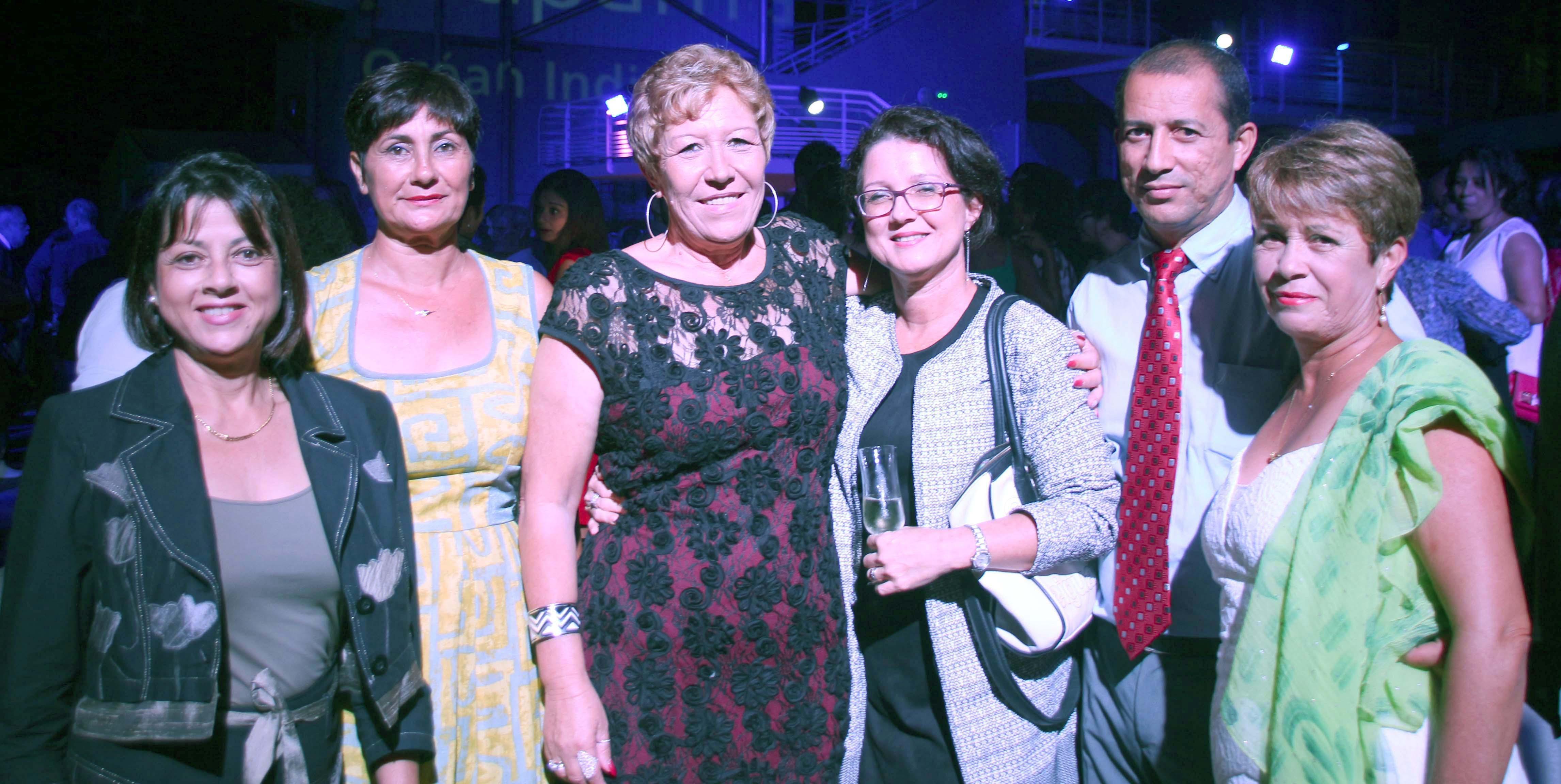 Marie-Jeanne Grondin, vice-présidente Groupama Sainte-Clotilde, Nathalie Sidambarompoulé, Responsable de Groupama Phone, et des invités