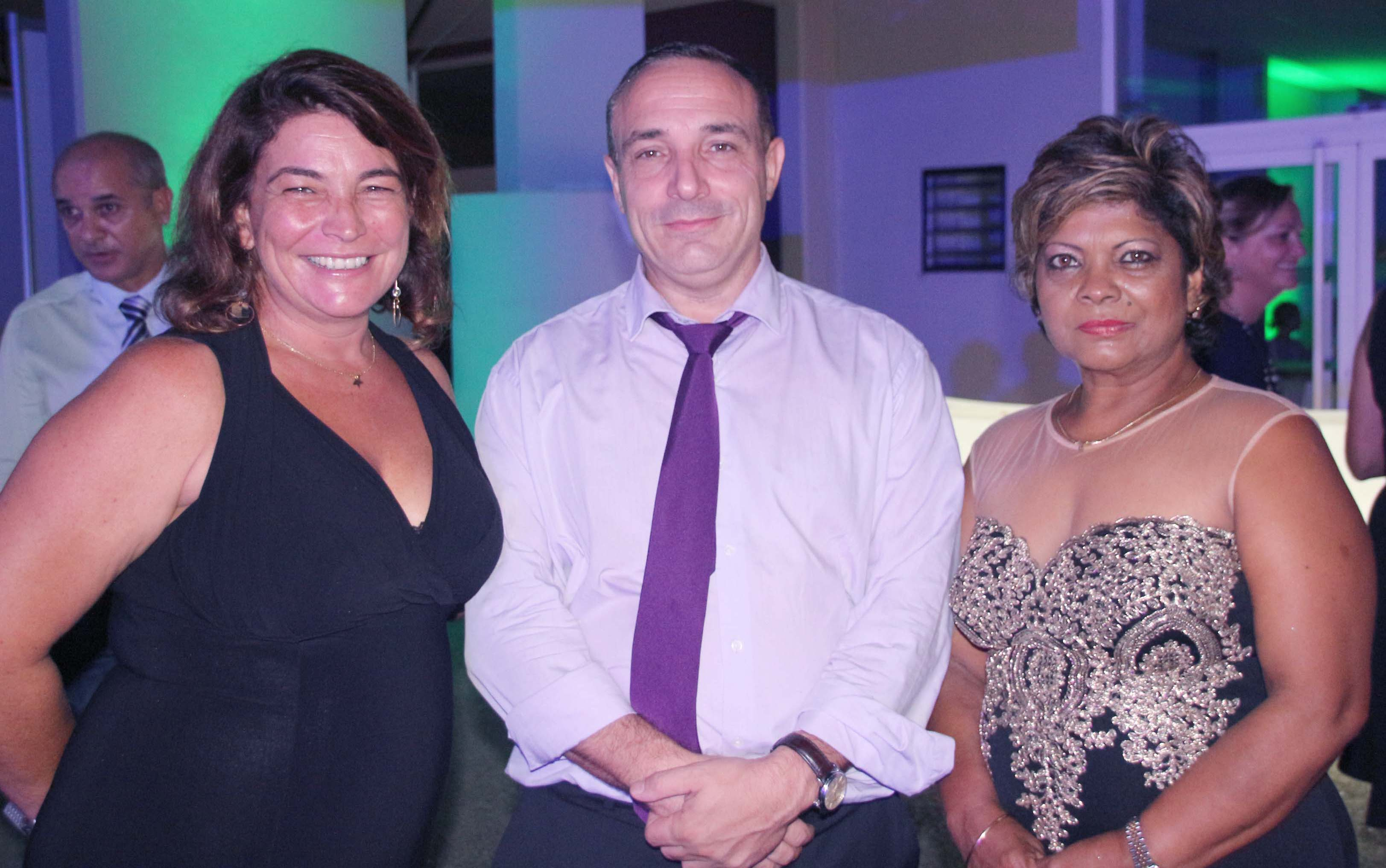 Isabelle Levannier, Risk Partenaires, Luc Bennet, directeur Finances et Risques Groupama, et Rose May Bénard, responsable Logistique Groupama