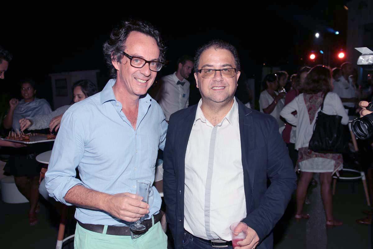 Stéphane André directeur général du Golf Bassin Bleu, et Eric Fontaine, rédacteur en chef Antenne Réunion