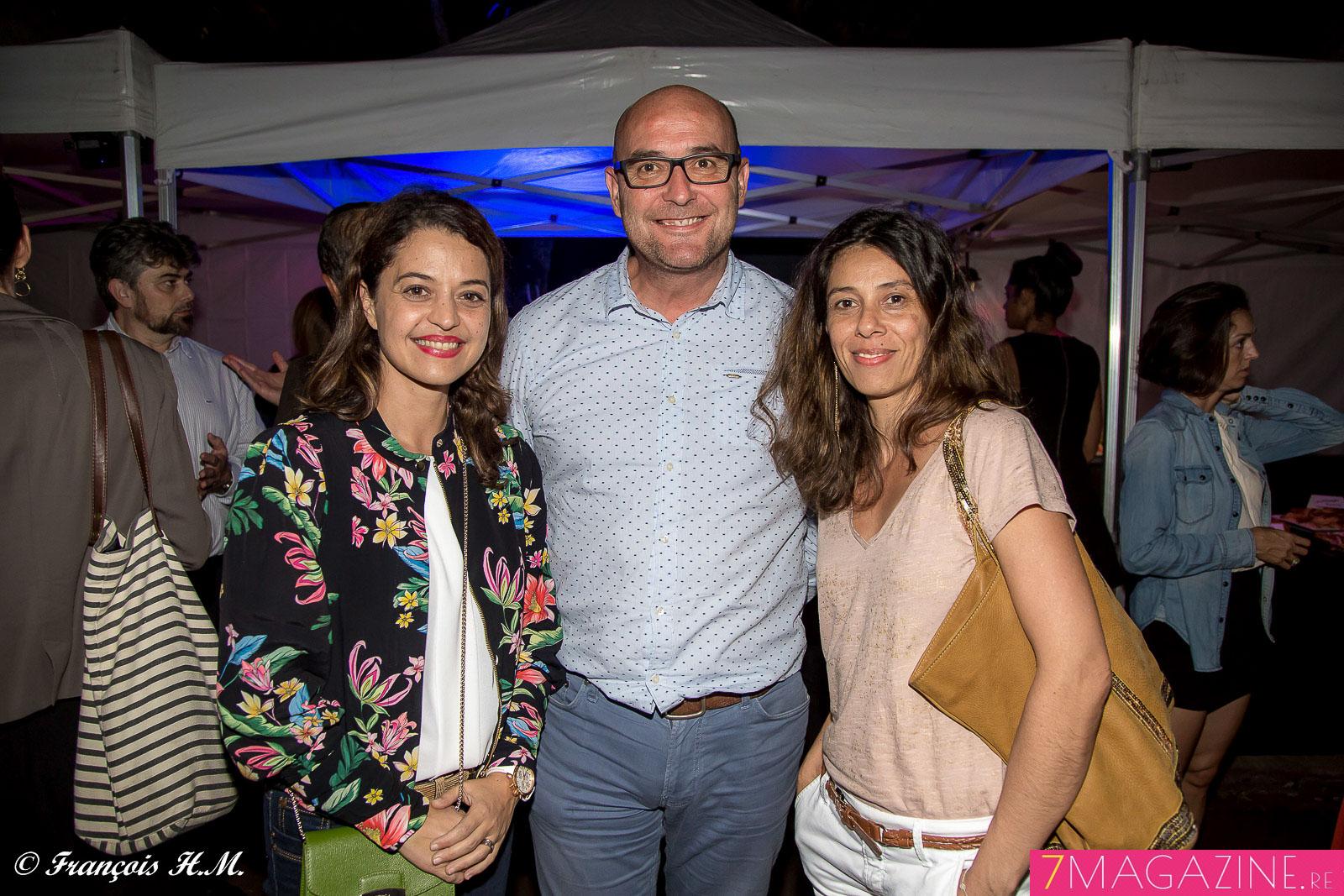 Stéphanie Begert, responsable du Pôle communication interne Air Austral, Albert Simon, directeur marketing Vindémia, et Corinne Hoarau, responsable publicité Vindémia