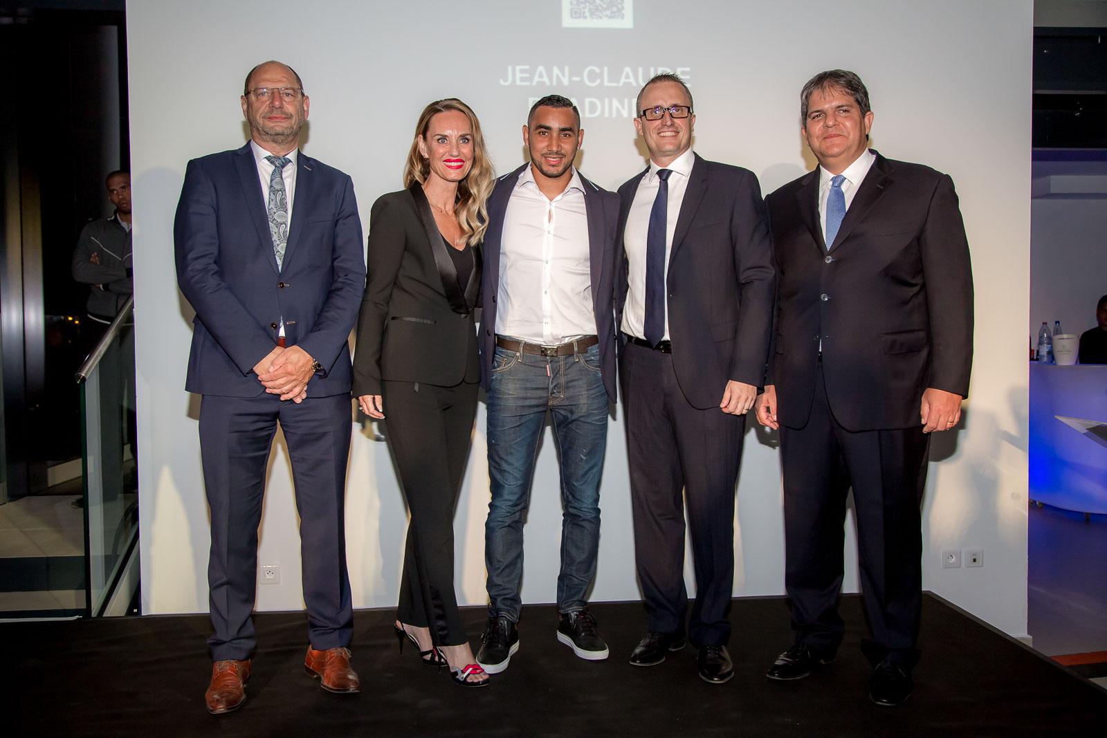 Ralf Follmann et Heike Pfeil de BMW Group, Dimitri Payet, Philippe-Alexandre Rebboah, directeur général Leal réunion, et Eric Leal, président du Groupe Leal