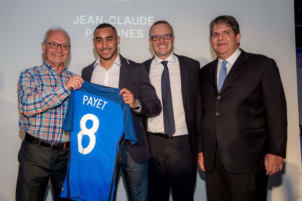 Un maillot de Dimitri Payet était mis en jeu lors de la soirée, c'est Jean-Claude Pradines qui l'a gagné