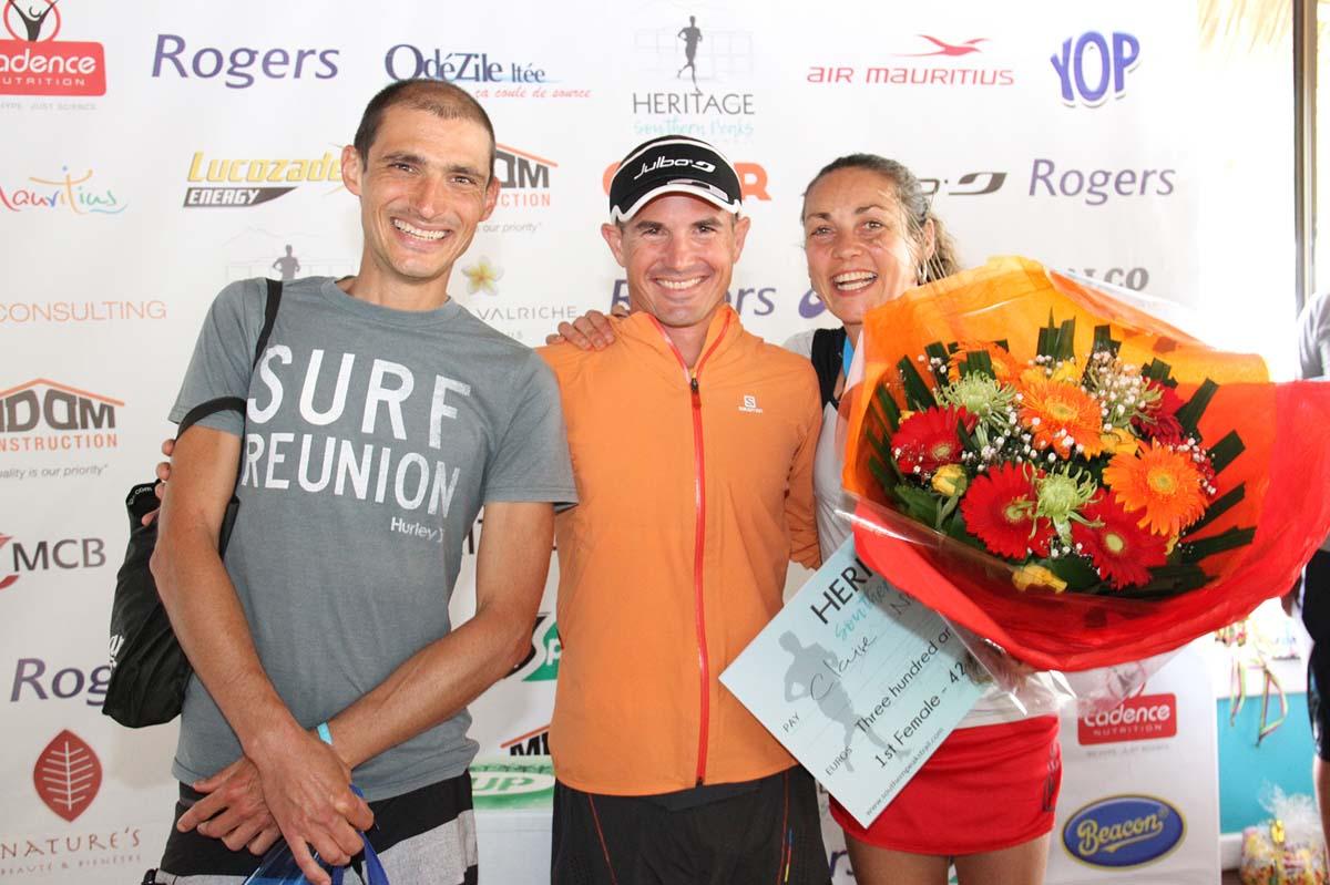 Les félicitations du boss Simon Desveaux à Claire Nedellec et à Benjamin Dufour