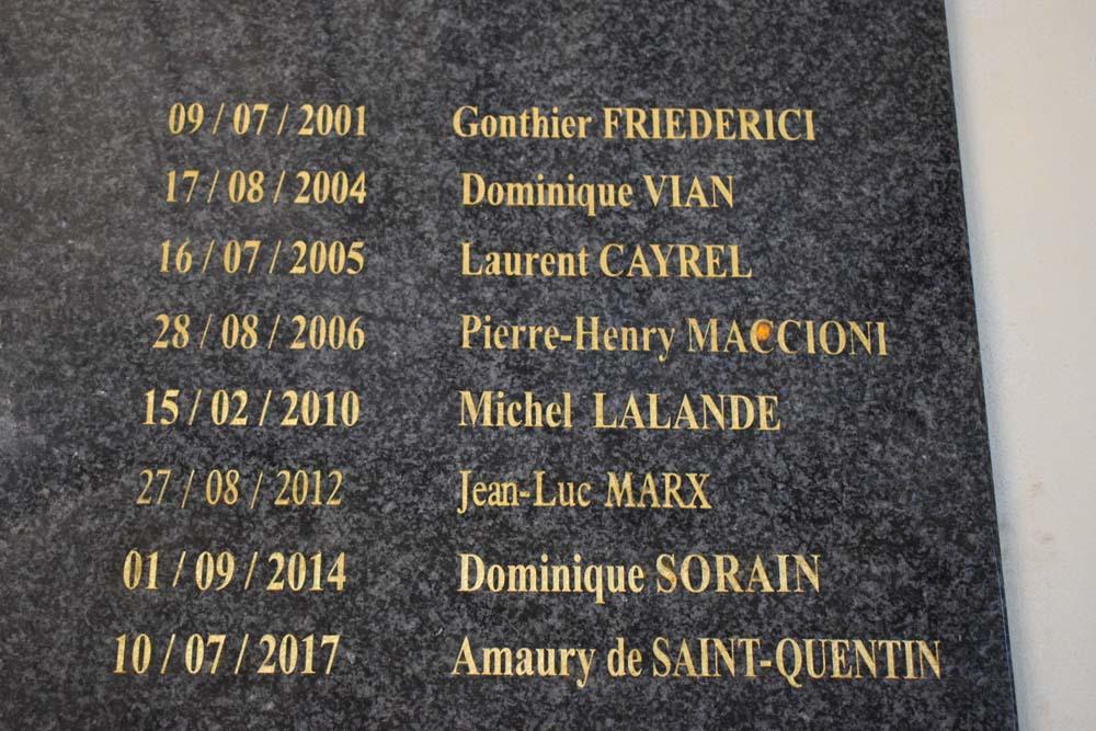 Son nom est déjà gravé dans le marbre à la Préfecture de La Réunion