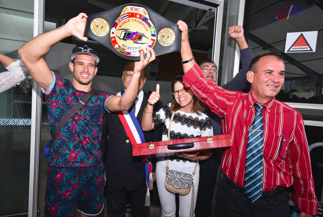 Le Réunionnais Cédric Desruisseaux champion du monde de Muai thaï