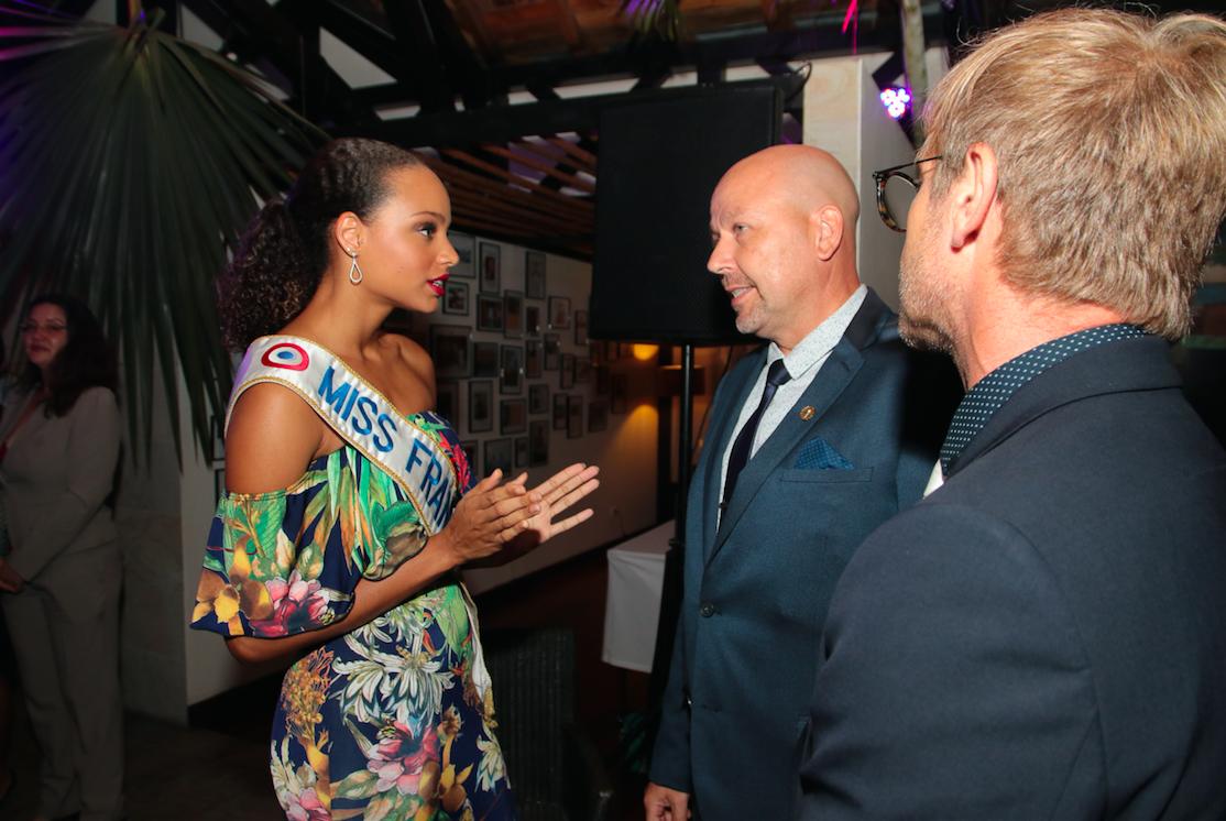 Alicia Aylies et Patrice Peta, Directeur du PALM Hotel & Spa.