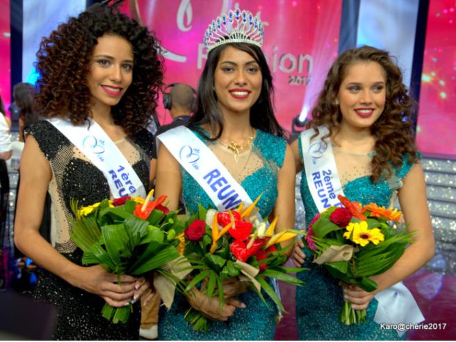 Miss Réunion et ses dauphines avant le sacre