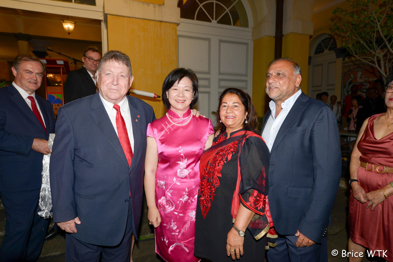 Au revoir Madame la Consule de Chine