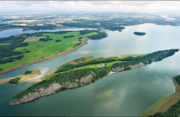 Une île réservée aux femmes en vacances