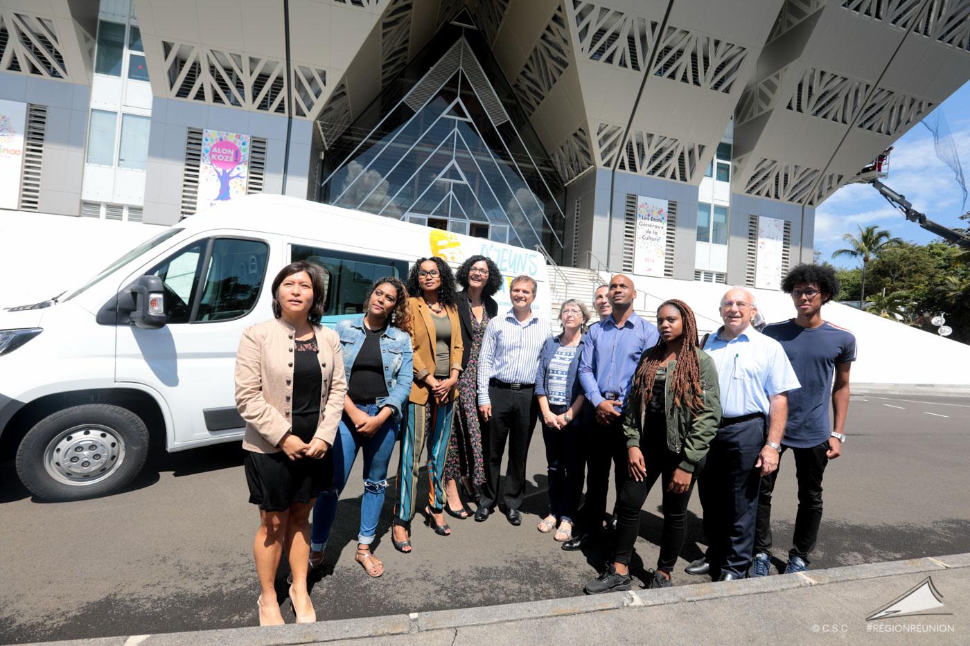 """Lancement du """"D'jeuns Tour"""" la Caravane de la jeunesse"""