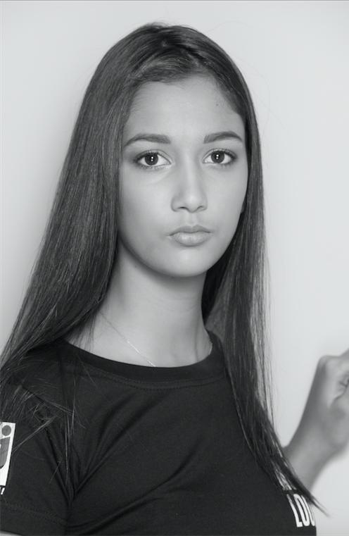 Adeline - 16 ans - 1m78